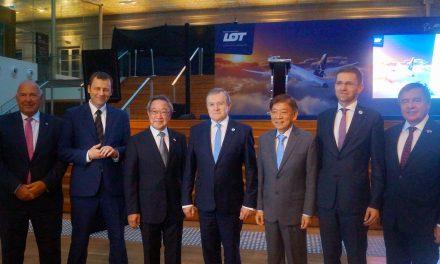 Poland's DPM Inaugurates Direct Flights to Warsaw