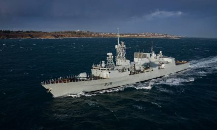 Canadian warship HMCS Calgary arrives in Singapore
